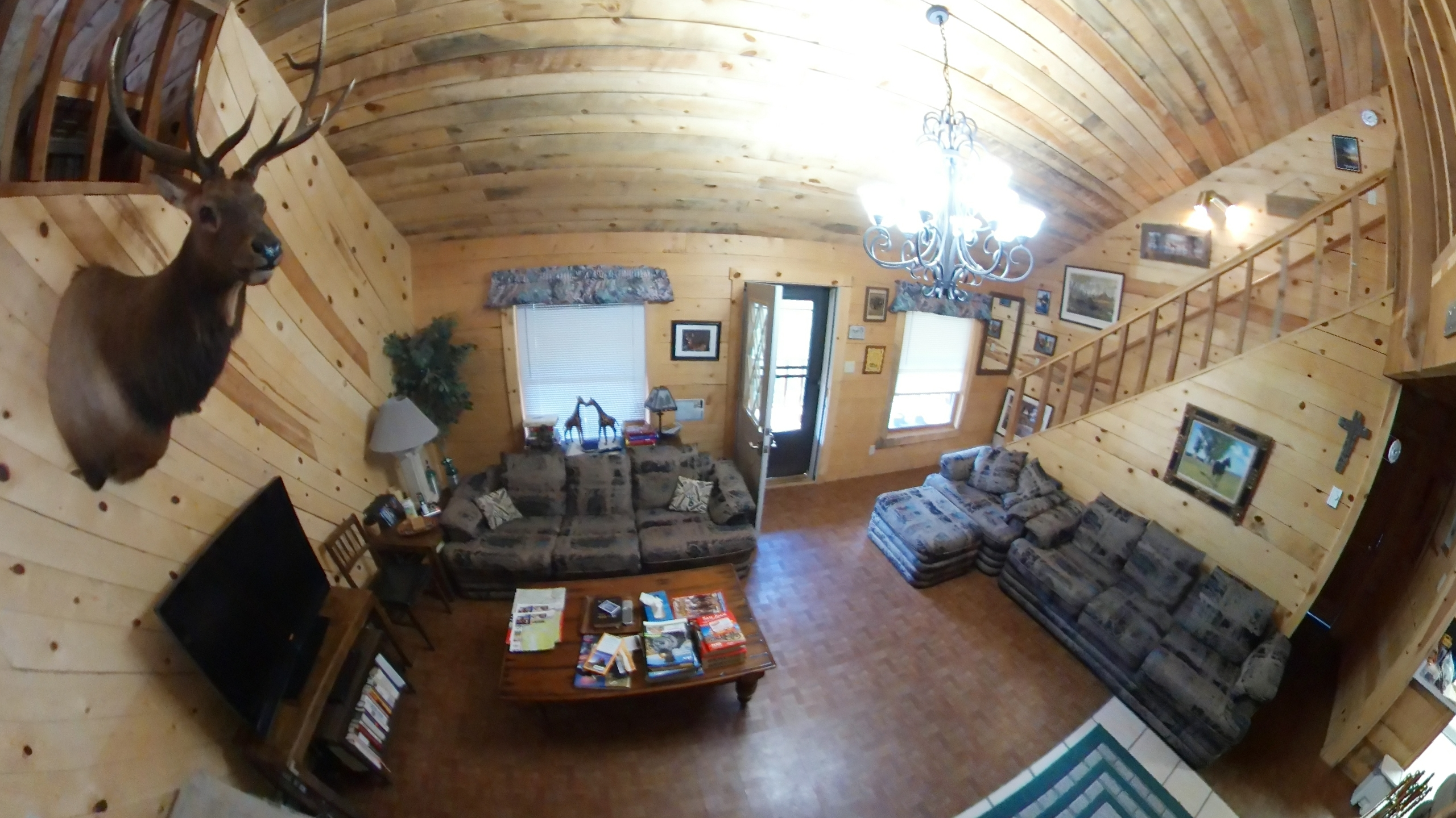 Cabin Livingroom